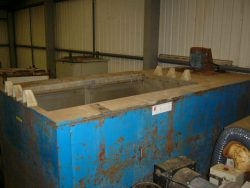 S/H-DRY031 DRYER WELL TYPE GAS INTERNAL DIMS 1830X915X1220       LIVER